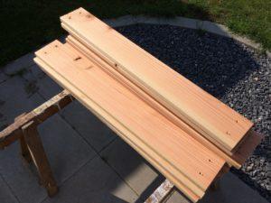 Hochbeet selber bauen - Holz zuschneiden