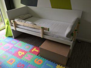 IKEA FLAXA Bett mit Stützbrett