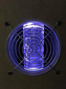 Computer Hardware 2018 - Wasserkühlung Ausgleichbehälter blau beleuchtet
