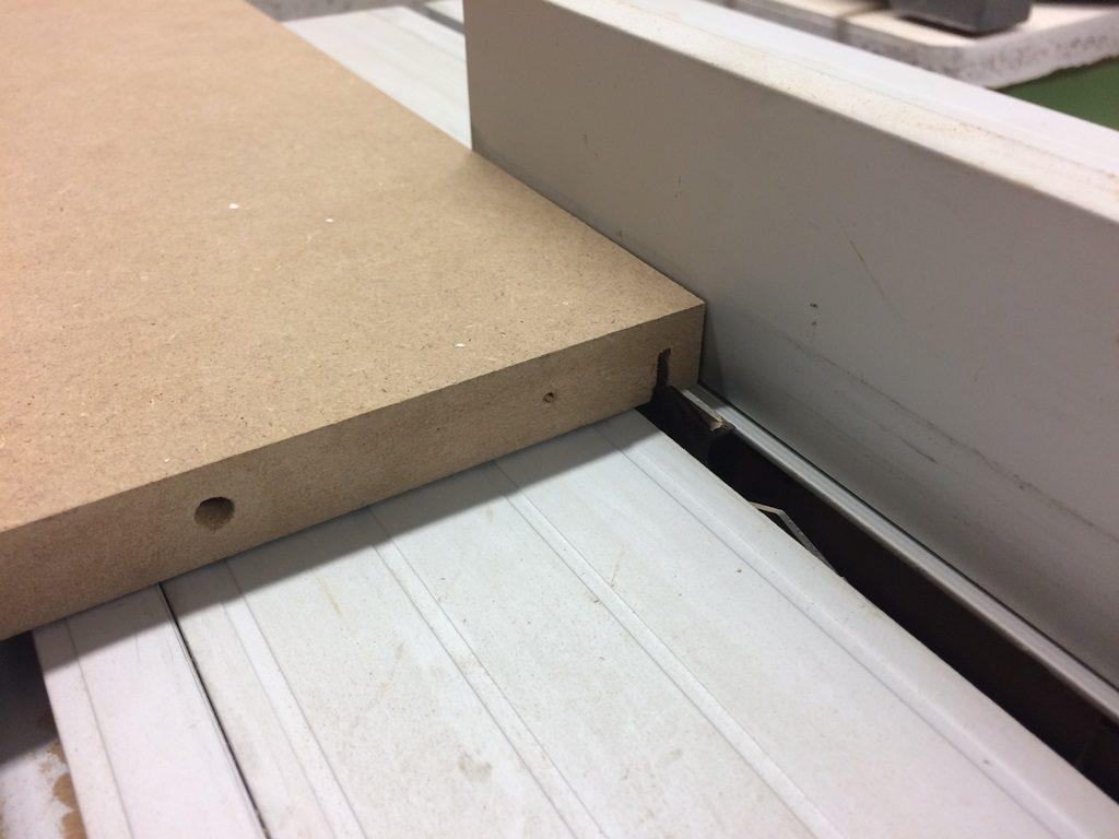 Werkzeugschrank - Nut mit Tischkreissäge